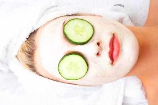Cinco usos do leite para a beleza do rosto e corpo